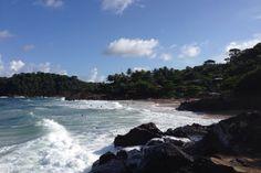 Praia da Tiririca, em Itacaré. Visite o BrasilGuias Itacaré - BA