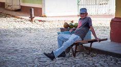 Variantes del mercado (no tan) negro en Cuba #mercado #comercio #cuba… http://www.cubanos.guru/variantes-del-mercado-no-tan-negro-en-cuba/
