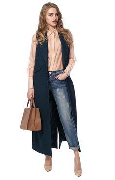 Sleeveless Blazer Outfit, Blazer Outfits Casual, Sleeveless Coat, Vest Outfits, Classy Outfits, Fall Outfits, Casual Dresses, Fashion Line, Work Fashion