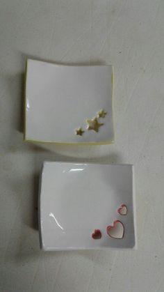 Made by Sarah West Melton Pottery Donna Staten Hand Built Pottery, Slab Pottery, Ceramic Pottery, Pottery Art, Clay Art Projects, Ceramics Projects, Clay Crafts, Ceramic Clay, Ceramic Plates