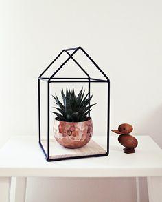 """Deko-Objekte - Ahoj-2012 Dekohaus, Drahthaus, Regal """"Haus"""",metall - ein Designerstück von Ahoj-2012 bei DaWanda"""