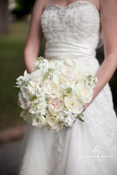 white bridal bouquet designed by tina barrera professional photos by heather roth