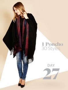 Unsere Stylight Challenge: 30 Tage Poncho tragen - aber immer anders kombiniert. Mehr Poncho geht nicht: heute trägt Vroni zwei Umhängeim angesagten Layering-Look.