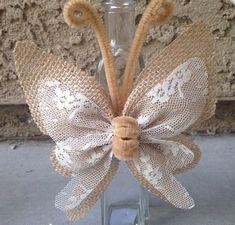 Cheap Diy Jute Decoration And Ornaments - Diy Crafts Burlap Lace, Burlap Flowers, Fabric Flowers, Paper Flowers, Hessian, Butterfly Crafts, Flower Crafts, Burlap Crafts, Diy And Crafts