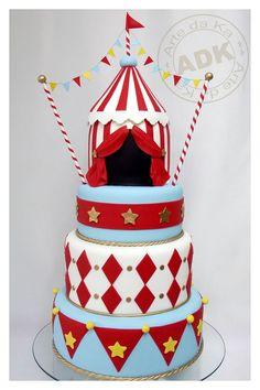 Circus Theme Cake by Arte Da Ka
