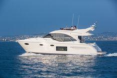 Princess 49 Is The Perfect Mini Yacht - Motor Yacht Mini Yacht, Yacht Boat, Yacht Design, Design Hotel, Speed Boats, Power Boats, Fishing Yachts, Fishing Boats, Princess Yachts