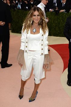 May 2 2016 Sarah Jessica Parker wore a custom-made Monse short suit with heels from her own SJP Collection.