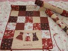 Guarda--bloques Tutorial Patchwork, Sunbonnet Sue, Baby Quilts, Quilt Blocks, Quilt Patterns, Diy And Crafts, Applique, Patches, Sewing