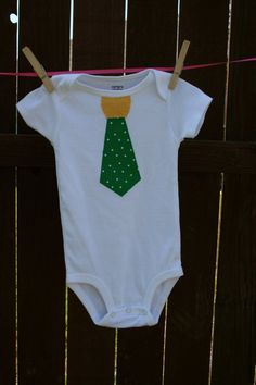 Cute onesie for that future #Baylor Bear #sicem (spotted on Etsy)