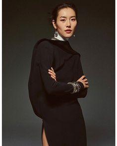 Liu Wen by Greg Harris for Vogue Liu Wen, Vogue Us, Fashion 2018, Fashion Pictures, Jordans, High Neck Dress, Editorial, Dresses, Top Models