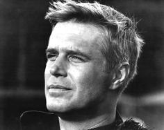 George Peppard, post- Breakfast at Tiffany's & pre- A Team. Golden Age Of Hollywood, Classic Hollywood, In Hollywood, George Peppard, Audrey Hepburn, Old Movie Stars, Am Meer, The A Team, Old Tv