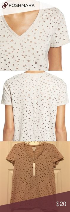 NWT [Caslon] Graphic Burnout V-Neck Tee - XS BRAND NEW with original tag. Burnout patterning in dainty stars makes a simply styled v-neck tee out of this world. Color in tan star pattern. Purchased at Nordstrom. Caslon Tops Tees - Short Sleeve