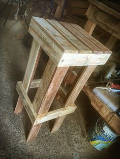 Bar stool from pallet wood