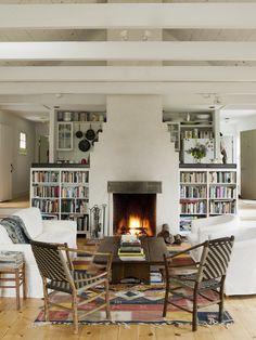 interior design, decor, books, living rooms, living room layouts