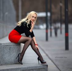 Even more so when she is wearing nylon of some type with high heels. Pantyhose, stockings, tights, they all make a woman's legs look and feel the best. Tights And Heels, Sexy Legs And Heels, Black Tights, Shoes Heels, Dress Shoes, Pumps, Mode Outfits, Sexy Outfits, Sexy Dresses