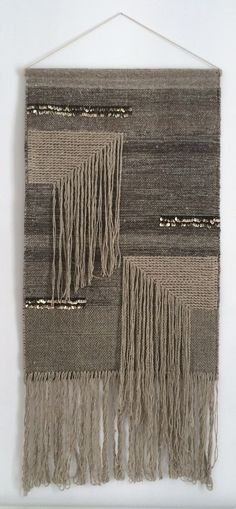 I usually favor bright colors, but the composition of these neutral shades caught me eye. Very striking design. Weaving Textiles, Weaving Art, Weaving Patterns, Tapestry Weaving, Loom Weaving, Hand Weaving, Weaving Wall Hanging, Wall Hangings, Textile Fiber Art