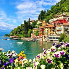 Awesome view of Lake Como! Awesome view of Lake Como! Need A Vacation, Italy Vacation, Dream Vacations, Italy Travel, France Vacations, Beautiful Places To Visit, Beautiful World, Siena Toscana, The Places Youll Go