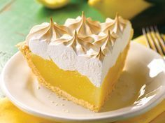 [ lemon meringue pie with thermomix, here is a simple and delicious recipe for making a pie with thermomix at home. Lemon Pie Facil, Lemon Pie Receta, Fodmap Recipes, Pie Recipes, Dessert Recipes, Oreo Dessert, Gourmet Recipes, Breakfast Recipes, Snack Recipes