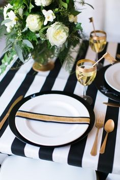 Black and white stripe: http://www.stylemepretty.com/2013/12/30/new-years-eve-wedding-shoot/ | Photography: Elisabeth Carol Photography - http://www.elisabethcarol.com/
