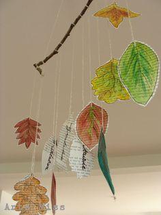 mobile de feuilles d'automne