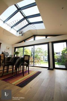 Atrium, Villa, New Homes, Loft, Architecture, Outdoor Decor, Tower, Houses, Home Decor