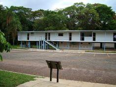 Catetinho- Oscar Niemeyer