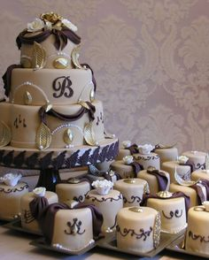 Sedona Cake Couture: Sedona Cake Couture Creates Luxury in Cakes!