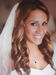 Peach and Bronze eye shadow bridal makeup by Philadelphia area makeup artist Jill Suzanne