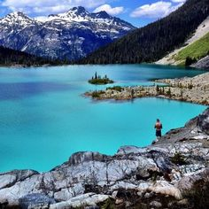 Here's Why Everyone and Their Dog are Flocking to Joffre Lakes