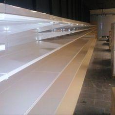 Instalación de mobiliario comercial en Canarias Tile Floor, Stairs, Flooring, Home Decor, Shop Fittings, Tents, Stairway, Decoration Home, Room Decor