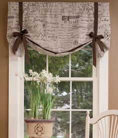 "Parisian Note Lined Tie-Up Valance Note to self; make sure you make this with lining or from a bit ""sturdier"" fabric and do NOT leave the top wrinkly like that (perhaps velcro as an attachment)"