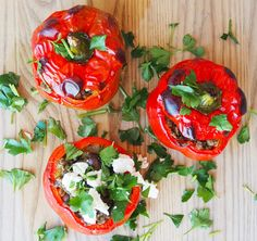 Stuck for dinner ideas? Wake up your tastebuds with these Moroccan stuffed capsicums! They're healthy, quick and easy to make, and taste delicious! Stuffed Capsicum Vegetarian, Mince Dishes, Roasted Capsicum, Cooking Tips, Cooking Recipes, Vegetarian Recipes, Healthy Recipes, Pitted Olives, Side Recipes