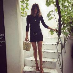 Jeanne Damas lookin like Jane Birkin Jeanne Damas, Estilo Jane Birkin, Jane Birkin Style, Fashion Week, Look Fashion, Girl Fashion, Fashion Outfits, Classy Fashion, School Fashion