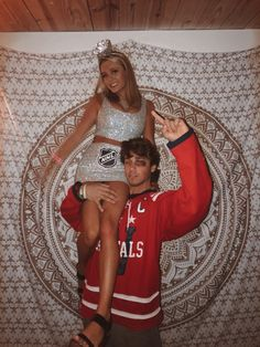 couple halloween costumes relationship goals Trands Halloween Costumes for BFFs in This Year Fashionova. Hot Couple Costumes, Easy Couple Halloween Costumes, Cute Couples Costumes, Trendy Halloween, Halloween Kostüm, Halloween Outfits, Group Halloween, Halloween Recipe, College Couple Costumes