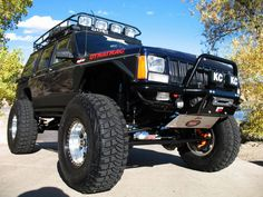 Jeep Cherokee XJ OR-Fab Bumpers and rear quarters Jeep Xj Mods, Jeep 4x4, Jeep Truck, Truck Bed, Cherokee Sport, Jeep Grand Cherokee, Super Pictures, Badass Jeep, Jeep Parts