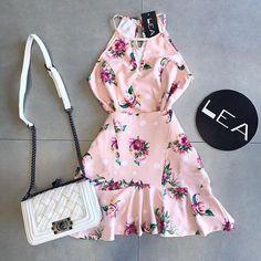 Moda Fashion, Fashion 101, Fashion Looks, Womens Fashion, Sexy Dresses, Beautiful Dresses, Dress Skirt, Dress Up, Sun Dress Casual