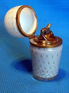 Evans Morano Glass Lighter  Unusual 1950''s table lighter of Morano glass with lid and Evans lighter insert.