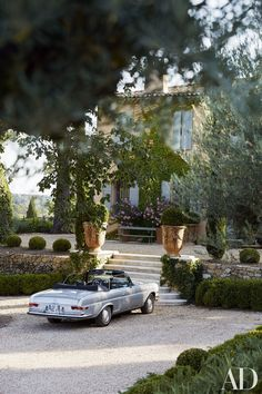 Frédéric Fekkai's Gorgeous Vacation Home in the South of France Photos Architectural Digest Architectural Digest, Beautiful Homes, Beautiful Places, Beautiful Bedrooms, Simply Beautiful, Aix En Provence, Provence France, Provence Garden, Tuscan Garden