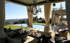 A touch of Luxe: Lisa Vanderpump's new Beverly Hills home...