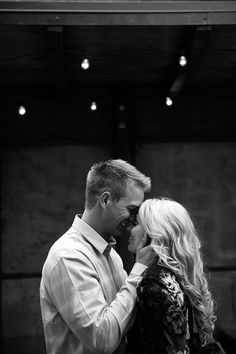 engagement photo by Brooke Schultz http://brookeschultzphotography.com