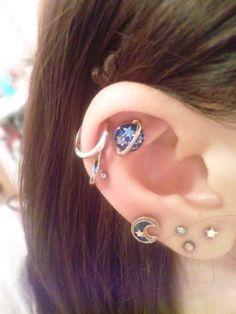 cute, earrings, moon, piercing. Really like the idea of the lobe piercing.