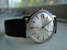 omega watches vintage - The face of this watch is flawless!