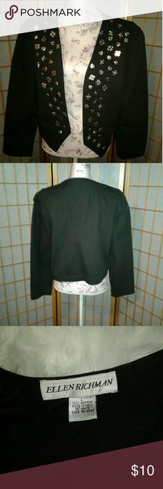 Ellen Richman embellished blazer! Sz L Unique embellished Blazer. Women size large. Some of the Embellishments are coming loose. Two or three are missing. Price is reflective of that. Thanks for looking Ellen Richman Jackets & Coats Blazers