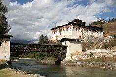 Paro (2300 m) - Bhoutan : le dzong
