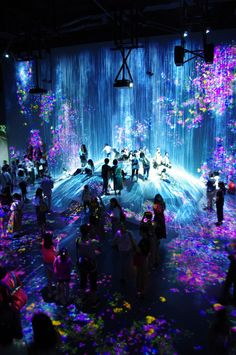 EPSON teamLab★Borderless #teamLab #Borderless Event Solutions, Lighting Concepts, Projection Mapping, Interactive Art, Immersive Experience, Fantasy Landscape, Stage Design, Light Art, Installation Art