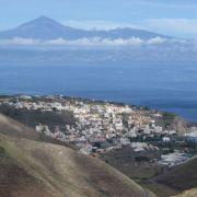 Conoce la fantástica isla de La Gomera de una forma diferente y sus más bellos paisajes a bordo de nuestros 4x4. Recorreremos la isla colombina con nuestra excursión en Jeep Safari,