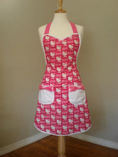 Hello Kitty apron by Haute Mess Threads Hello Kitty Kitchen, Hello Kitty Items, Sewing Aprons, Everything Pink, Kawaii, Sanrio, Just In Case, To My Daughter, Super Cute