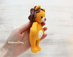 Free Cuddle Me Lion amigurumi pattern