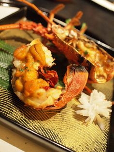 Grilled Japanese Spiny Lobster (Ise-Ebi) with Creamy Uni Sea Urchin|伊勢海老の極上焼き