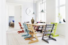 You Know You Want This Scandinavian Baby Chair